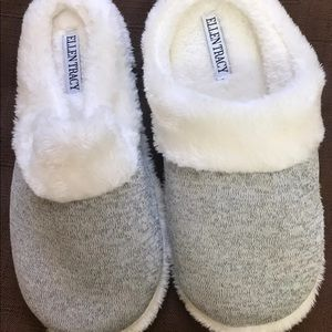 Ellen Tracy slippers
